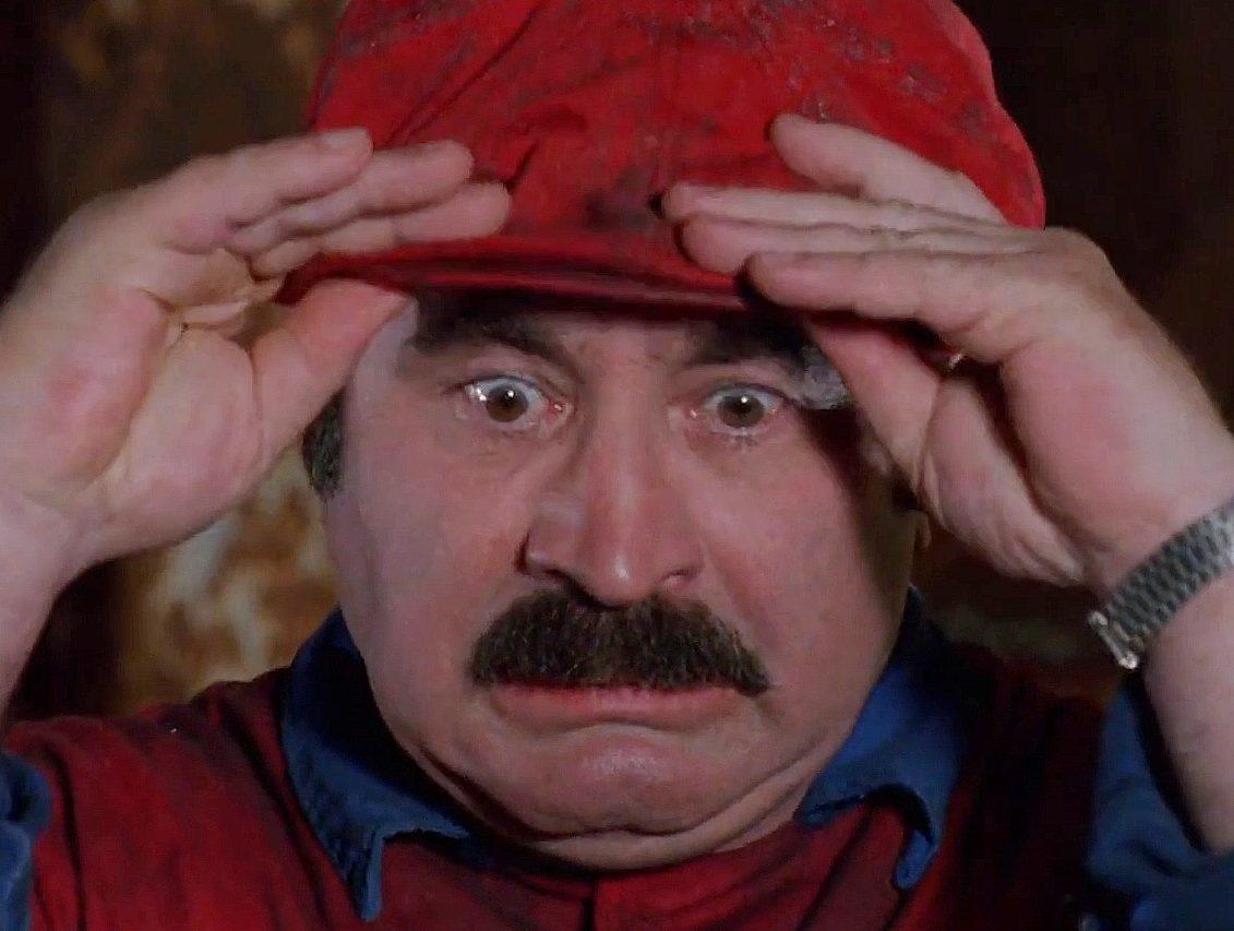 super mario bros 1 e1626702658834 It's-a 20 Crazy Facts About Super Mario Bros: The Movie
