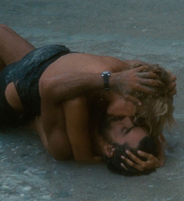 unspecified 5 original 20 Things You Might Not Have Known About 80s Rom-Com Classic Overboard