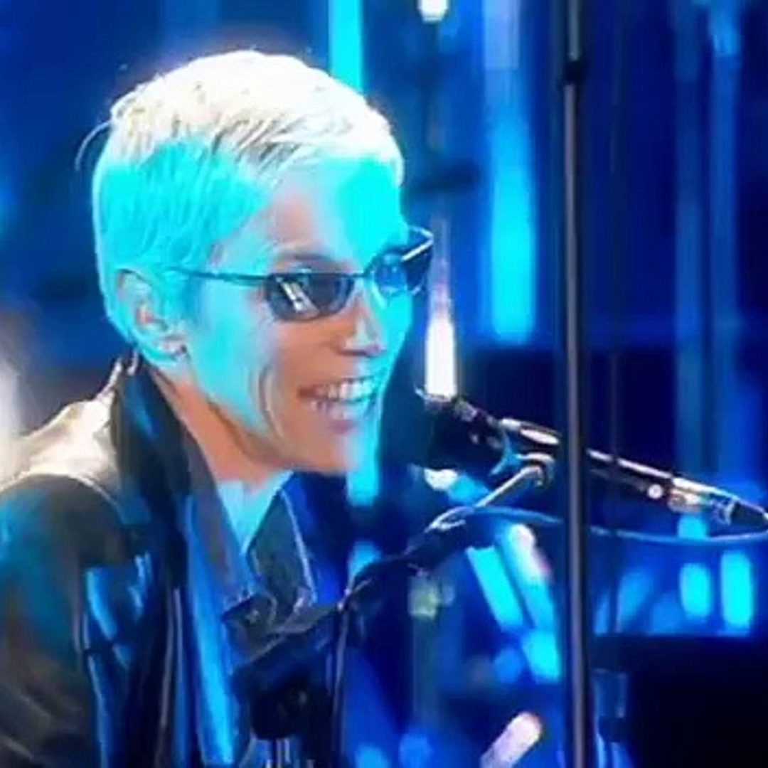 x1080 3 e1574433212266 20 Sweet Facts About Pop Icons Eurythmics