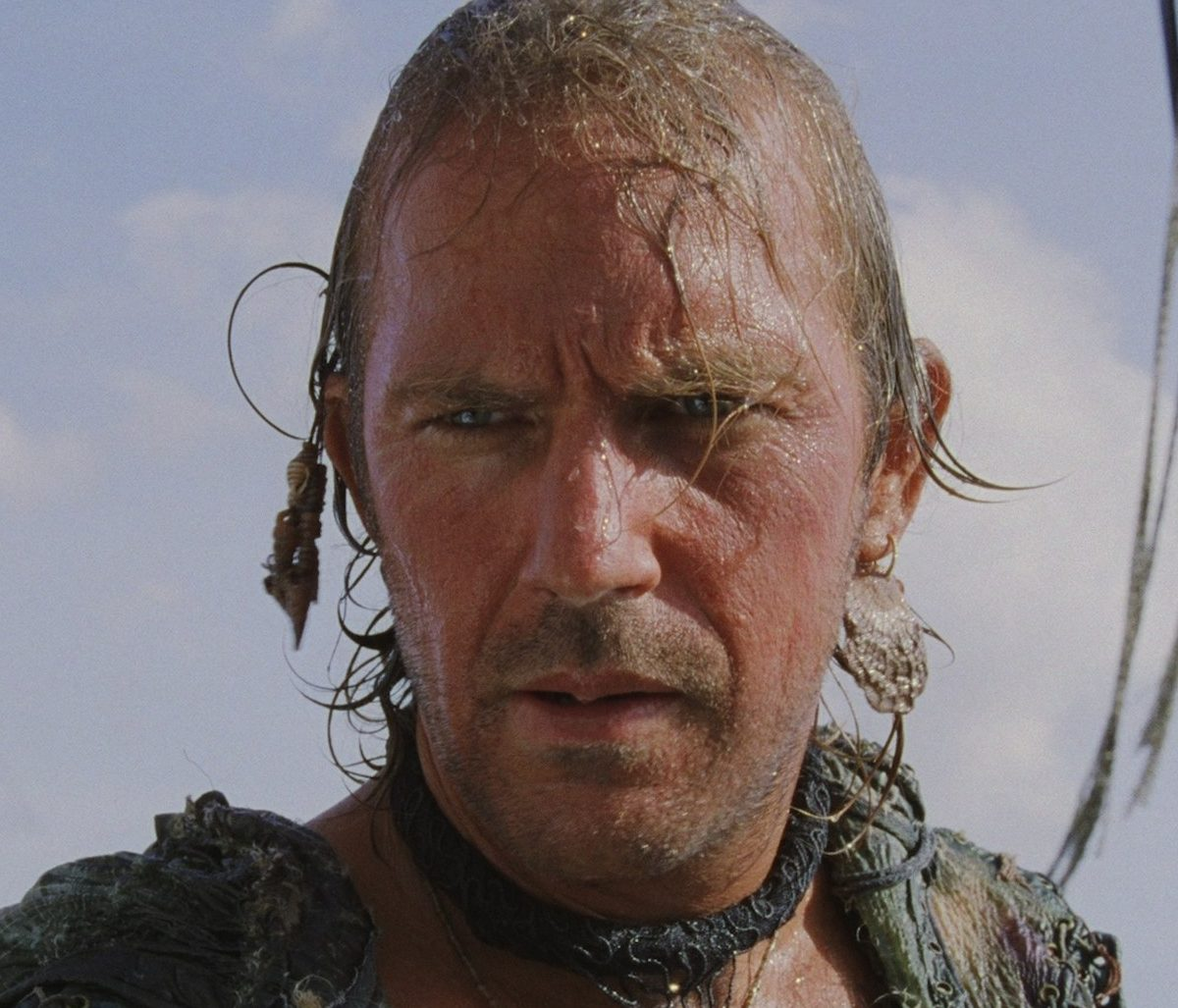 0v4qqsjt2d351 e1612781509744 40 Things You Never Knew About The Disastrous Waterworld
