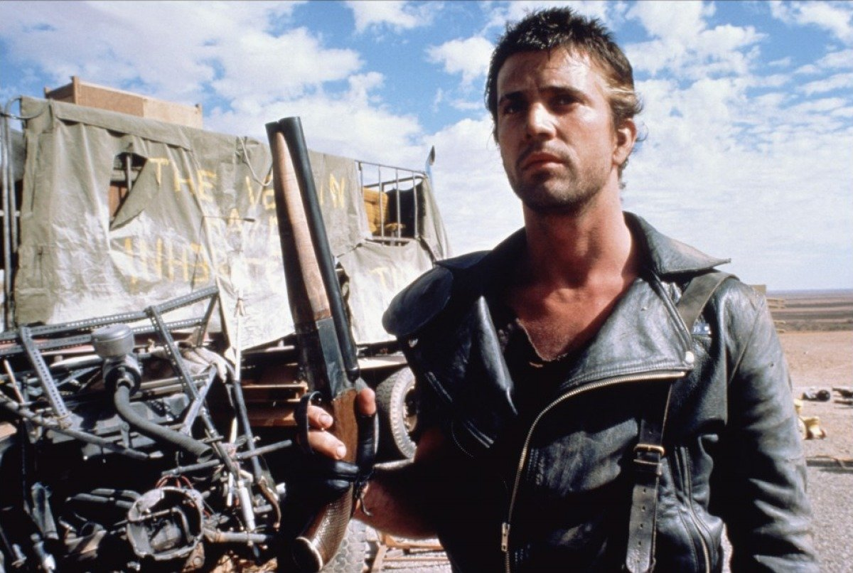 10 fun facts for mad max 2 the road warrior 40 Things You Never Knew About The Disastrous Waterworld