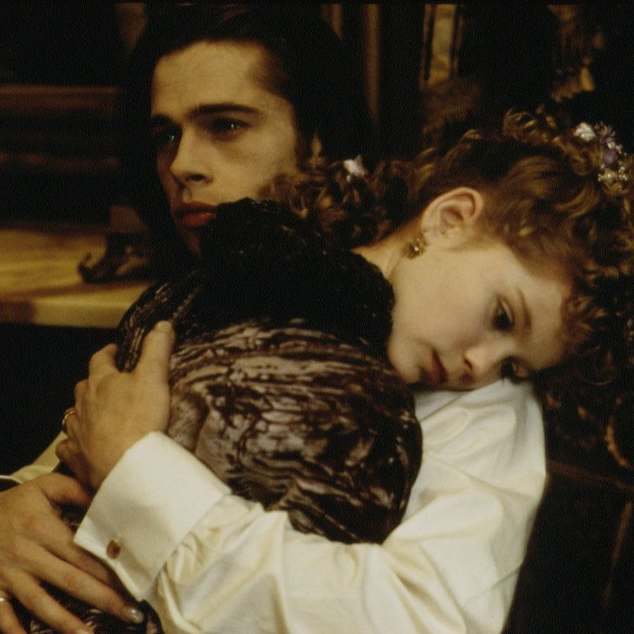 1 FILM INTERVIEW WITH THE VAMPIRE BY NEIL JORDAN e1576684401992 Get Your Teeth Into These 20 Facts You Didn't Know About Interview With The Vampire