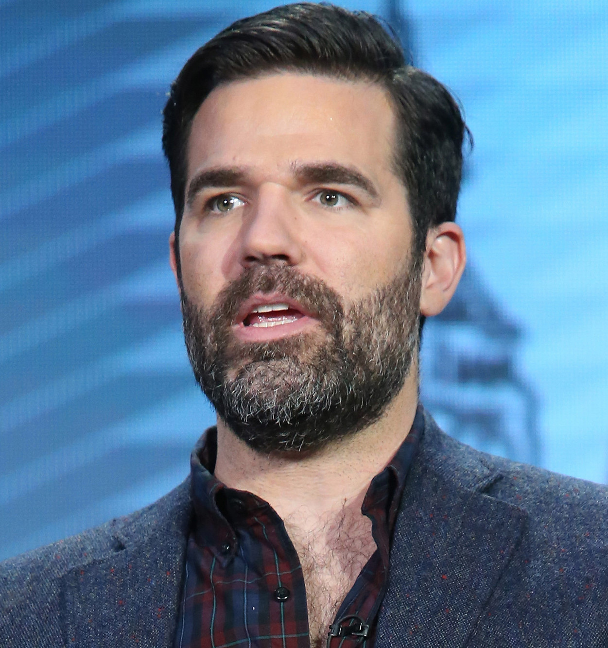32019 rob delaney main The Cast Of The Upcoming Home Alone Reboot Has Been Announced