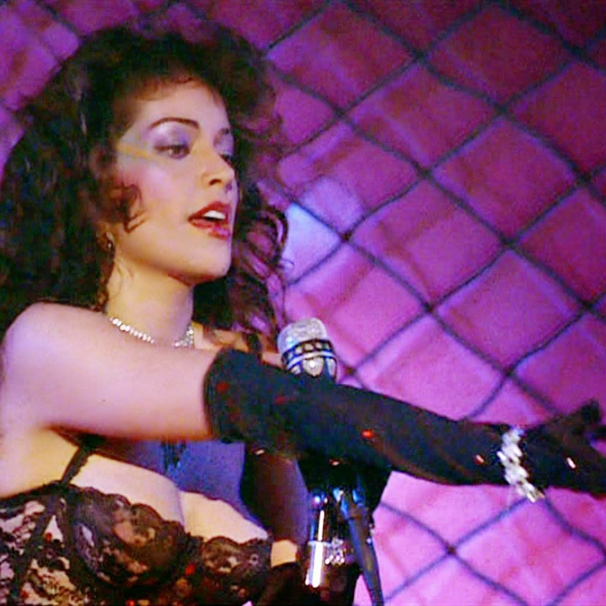 Apollonia Sex Shooter e1578916512668 Let's Go Crazy With 20 Facts About Prince's Movie Purple Rain