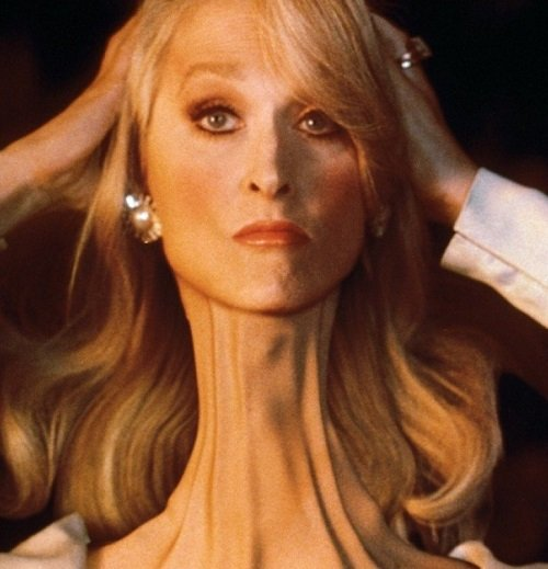 DeathBec4 20 Things You Might Not Have Known About Death Becomes Her