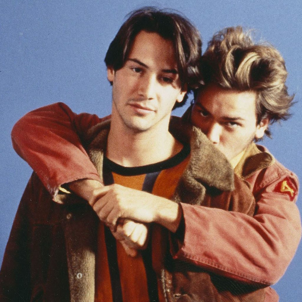 Keanu Reeves and River Phoenix My Own Private Idaho Promos river phoenix 39163464 1024 1523 e1576677816803 Get Your Teeth Into These 20 Facts You Didn't Know About Interview With The Vampire