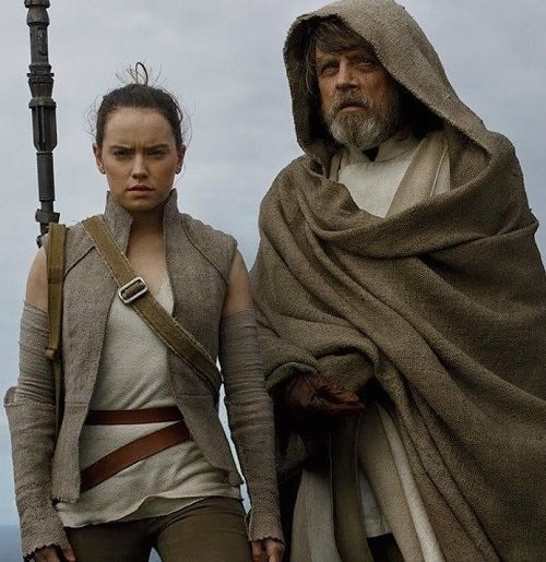 MV5BNDQ0MWM0YWUtMWFhZS00M2RmLTgwMjYtZTYzODkzODlkNTgwXkEyXkFqcGdeQXVyMzQ3Nzk5MTU@. V1 20 Reasons Why Star Wars: The Last Jedi Is The Best Film In The Saga So Far