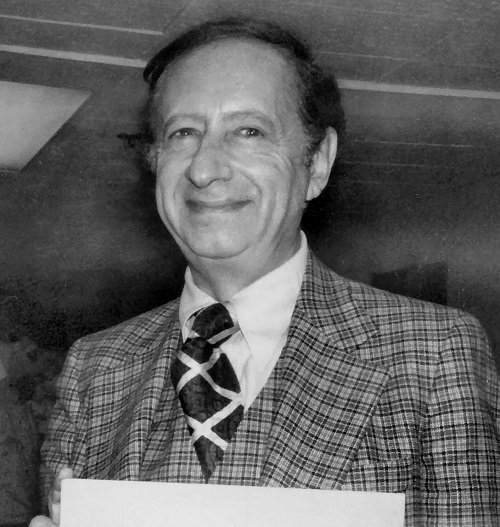 Robert Bloch with His Award 20 Crazy Facts About Twilight Zone: The Movie