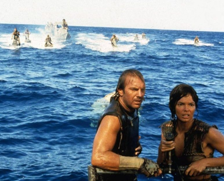 Waterworld 1995 movie Kevin Costner Jeane Tripplehorn scifi epic boxoffice bomb 1024x683 1 1 e1612784388549 40 Things You Never Knew About The Disastrous Waterworld
