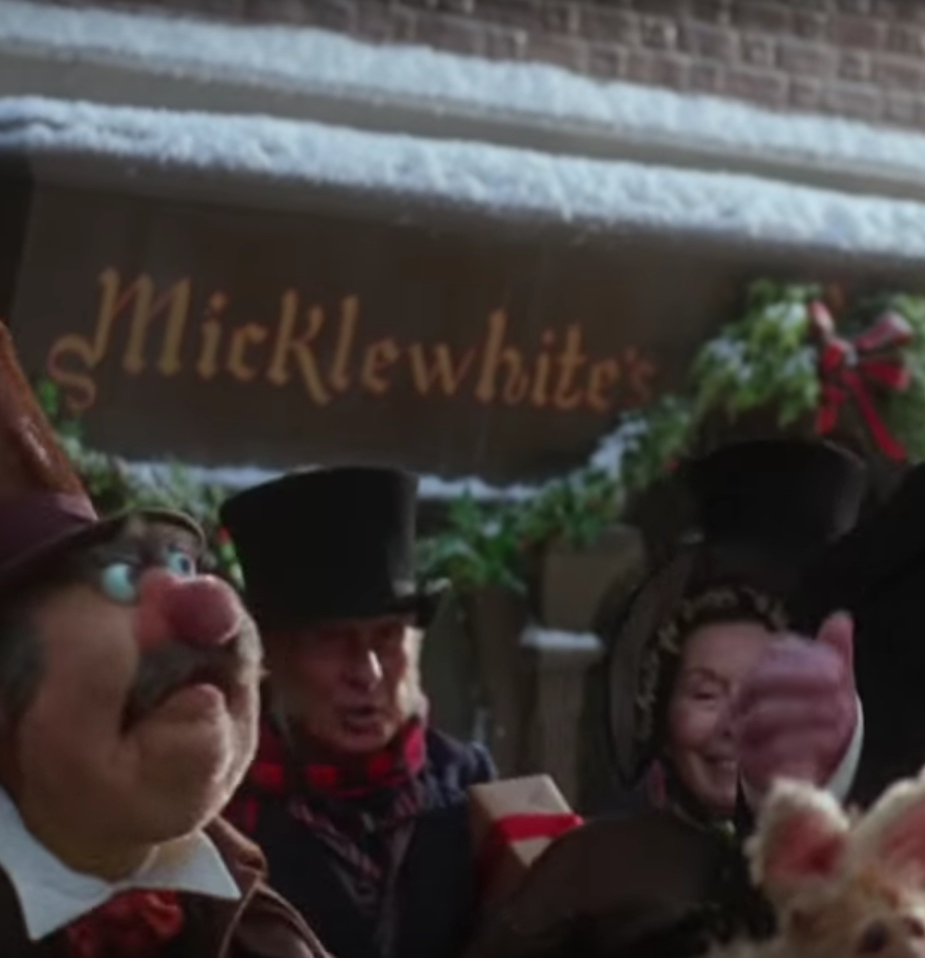 bkyb27ktj3301 18 Festive Facts About The Muppet Christmas Carol