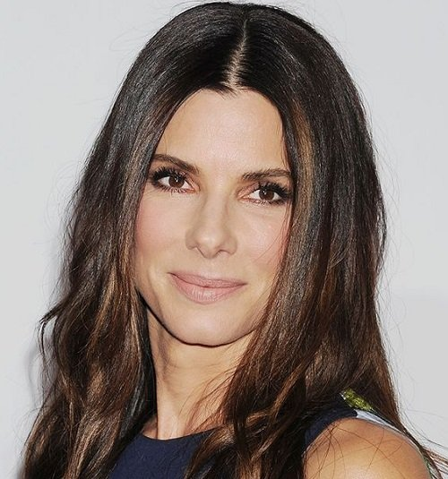 cdn.cliqueinc.com cache posts 263078 sandra bullock west hollywood home 263078 1531756901360 main.700x0c f972ca0a09c94c44a9d5641fc7da6db7 Huge Actors You Didn't Know Started Out In Completely Embarrassing Movies