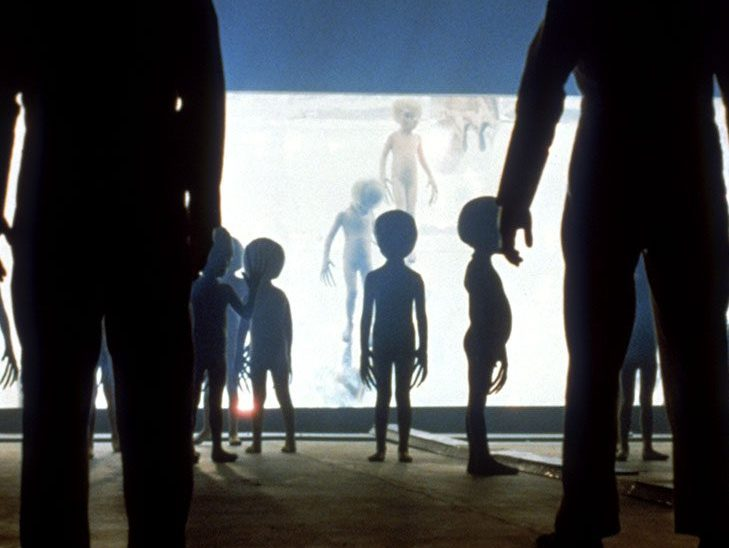 close encounters third kind 1977 05 h 2017 e1617793300422 20 Classic Movies That Could Have Turned Out Very Different