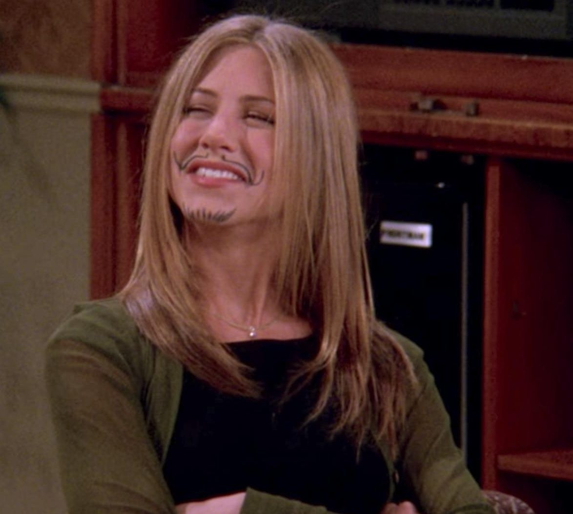 friends 5 e1621932564440 20 Reasons Why Ross In Friends Is Actually A Terrible Human Being