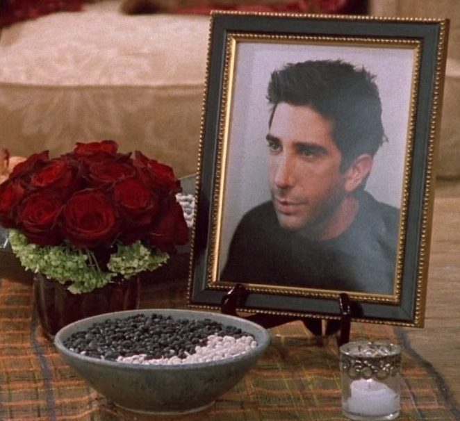 friends 8 1 e1621932815687 20 Reasons Why Ross In Friends Is Actually A Terrible Human Being