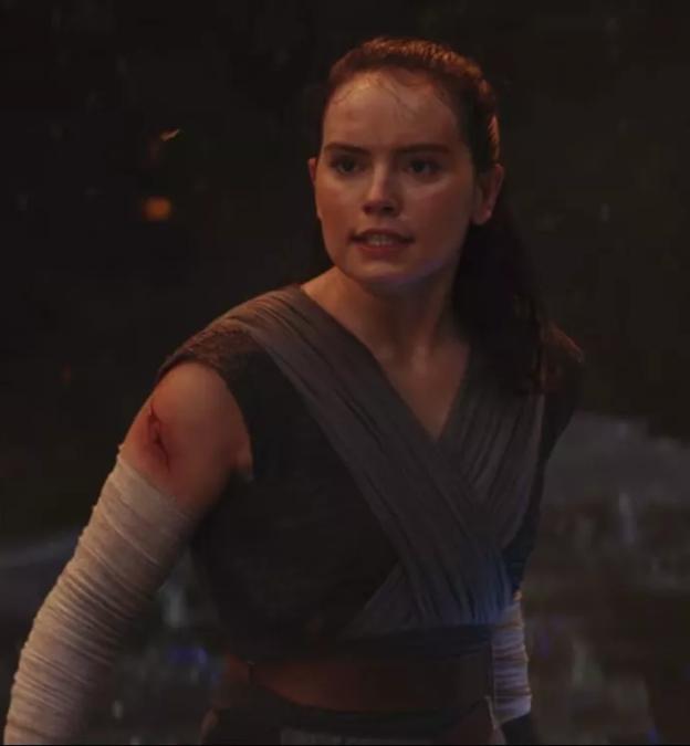 g6eaw6ee0qpc2dowsqrh 20 Reasons Why Star Wars: The Last Jedi Is The Best Film In The Saga So Far