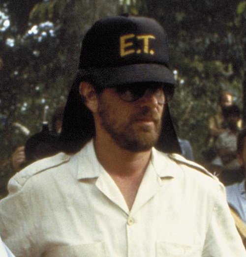 george lucas and steven spielberg in indiana jones och de f rd mdas tempel 1984 large picture 20 Crazy Facts About Twilight Zone: The Movie