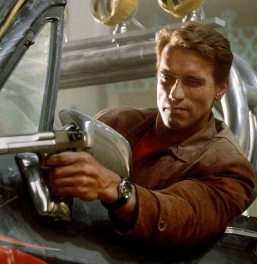 last action hero 110 1200 1200 675 675 crop 000000 20 Things You Never Knew About Last Action Hero