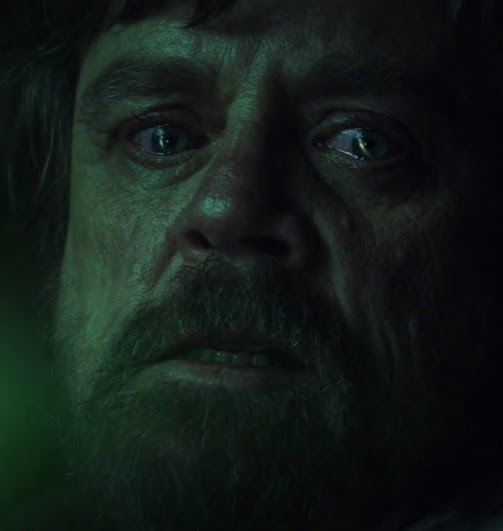 maxresdefault 1 4 20 Reasons Why Star Wars: The Last Jedi Is The Best Film In The Saga So Far