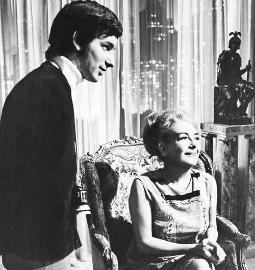steven spielberg and joan crawford2 20 Crazy Facts About Twilight Zone: The Movie