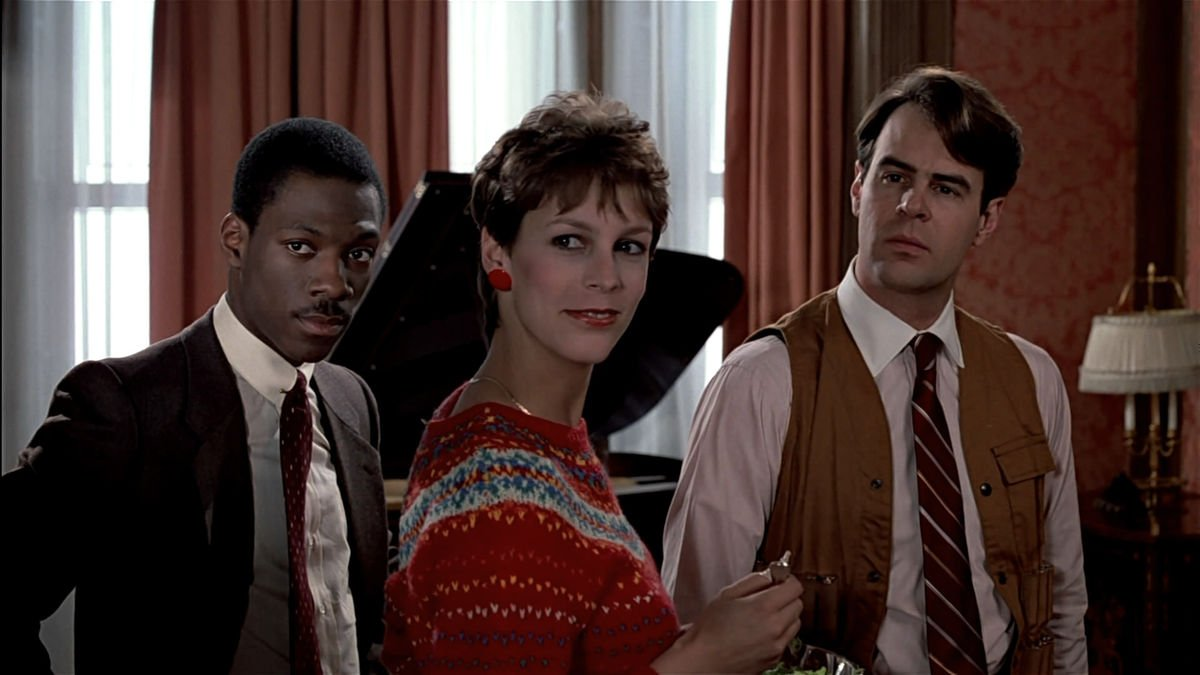 trading places 1200 1200 675 675 crop 000000 20 'Christmas Movies' That Aren't Actually Christmas Movies At All