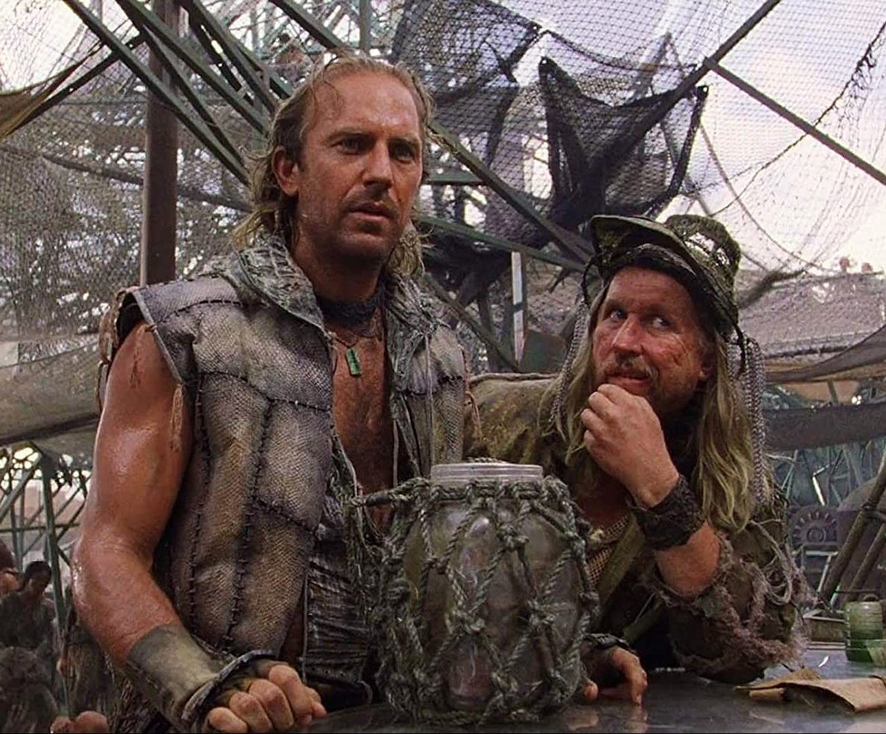 waterworld 1 e1612785775530 40 Things You Never Knew About The Disastrous Waterworld