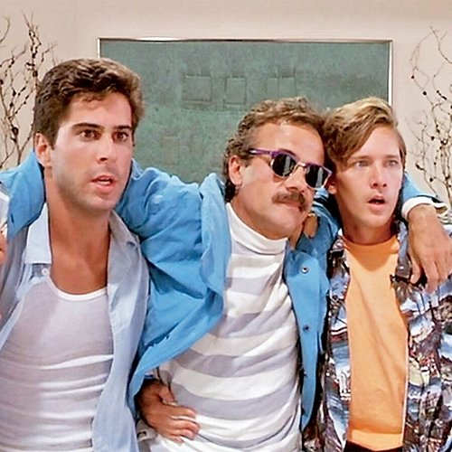 3 25 10 Things You Never Knew About Weekend At Bernie's