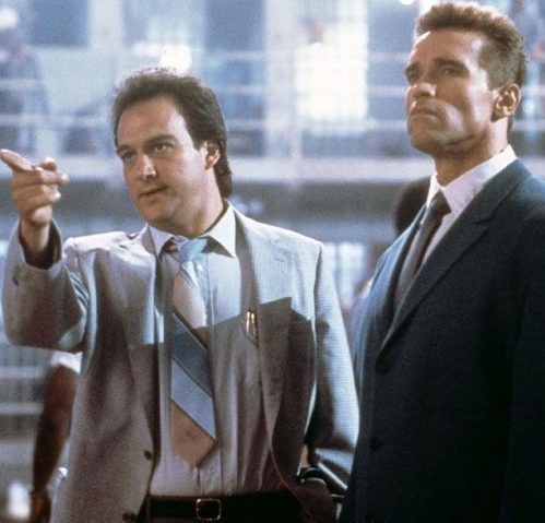 8b660c1631d5ca62ba02a589665c5ad9 e1621599188578 20 Iron-fisted Facts About Arnold Schwarzenegger and James Belushi's Red Heat
