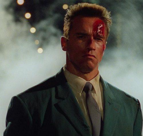 MV5BOTlmNjA1MDQtZWNhYi00NmQzLTgwYWYtNGVjNGVlYjBjMjRmXkEyXkFqcGdeQXVyMTMzNzQ3NA@@. V1 1 e1621604854988 20 Iron-fisted Facts About Arnold Schwarzenegger and James Belushi's Red Heat