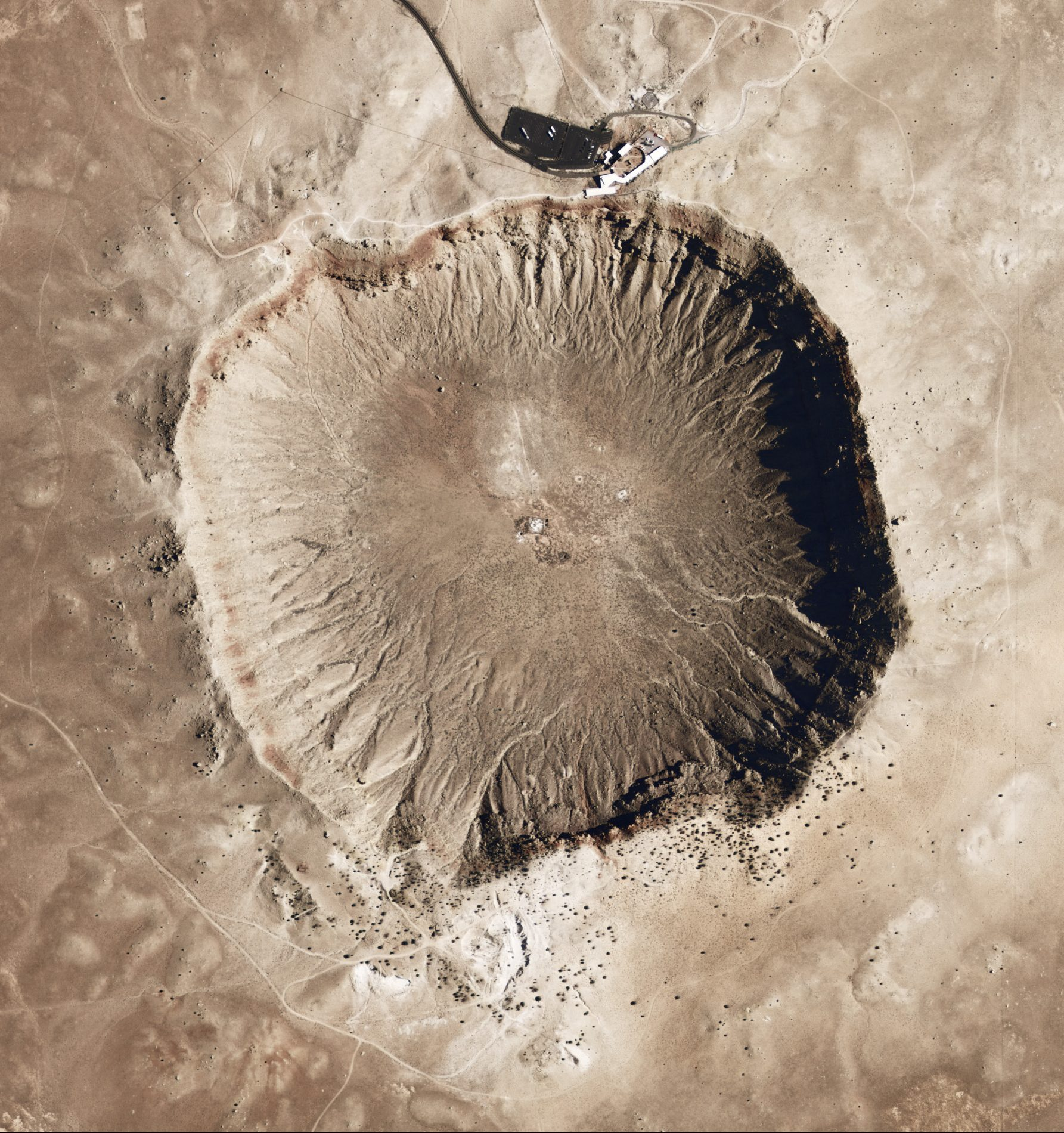 Meteor Crater Arizona e1580727218616 20 Interstellar Facts You Never Knew About Starman