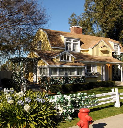 Susan Delfino house e1581511664443 Just The Facts (20 Of Them) About Dan Aykroyd And Tom Hanks' Dragnet