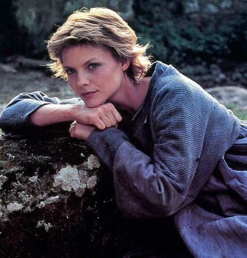 best from the past michelle pfeiffer for ladyhawke promord 1985 8 20 Fantastic Facts About The 1985 Sword And Sorcery Film Ladyhawke