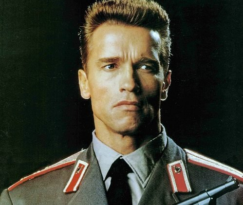 caf189f1b1b26c7f025d0dab02840ca3 e1621603357571 20 Iron-fisted Facts About Arnold Schwarzenegger and James Belushi's Red Heat