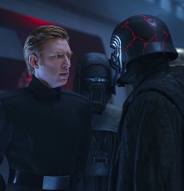 general hux main 9dbfab69 20 Reasons Why Star Wars: The Rise Of Skywalker Makes Absolutely No Sense
