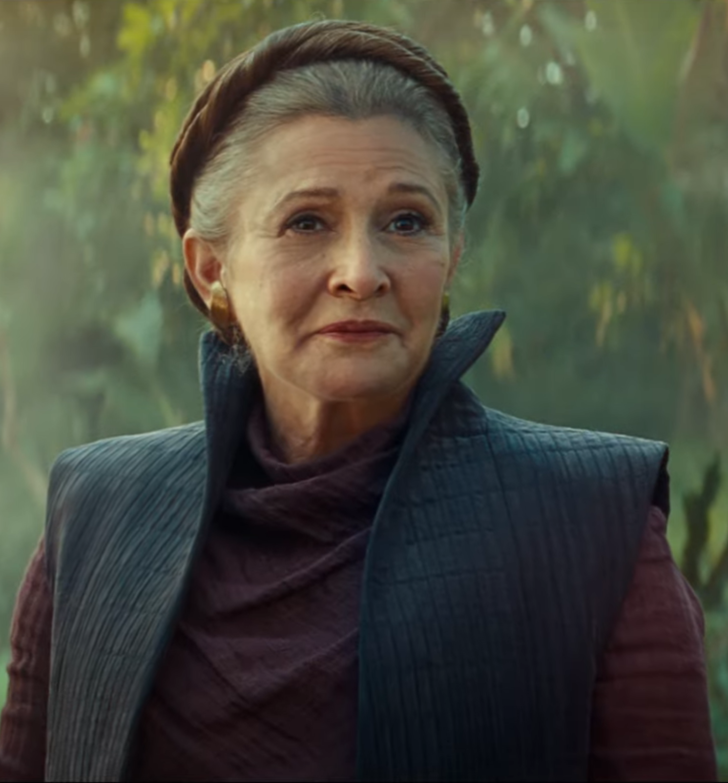 rise of skywalker leia 20 Reasons Why Star Wars: The Rise Of Skywalker Makes Absolutely No Sense