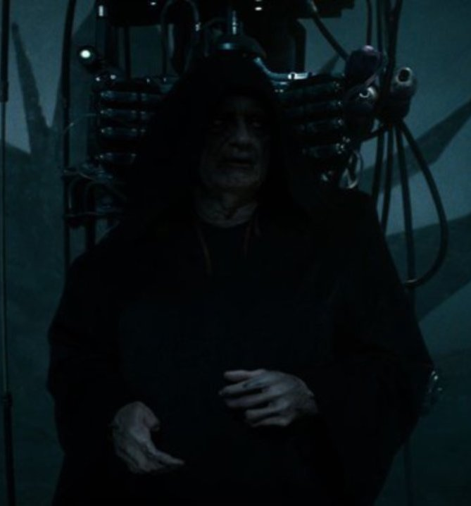 star wars the rise of skywalker emperor palpatine resurrected 1203233 1280x0 1 20 Reasons Why Star Wars: The Rise Of Skywalker Makes Absolutely No Sense