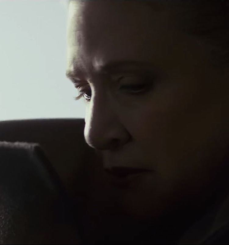 the last jedi trailer carrie fisher as general leia 20 Reasons Why Star Wars: The Rise Of Skywalker Makes Absolutely No Sense