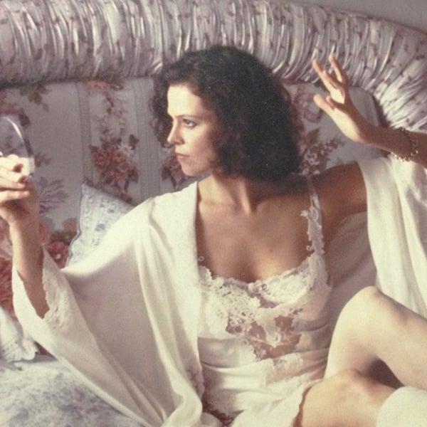 workinggirl The 10 Best Sigourney Weaver Films That Aren't Alien