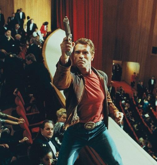 "1 mFFSZEeHDTbKYjNTQ0KFzQ 20 Best Arnold Schwarzenegger One-Liners That Aren't ""I'll Be Back"""