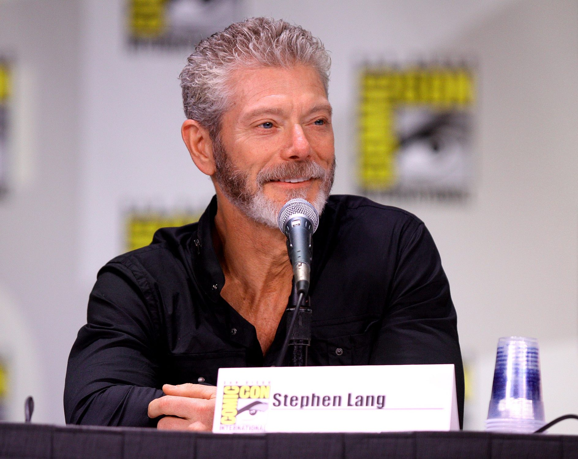 2560px Stephen Lang 5977768720 e1625127203852 20 Rootin' Tootin' Facts About Kurt Russell's Tombstone
