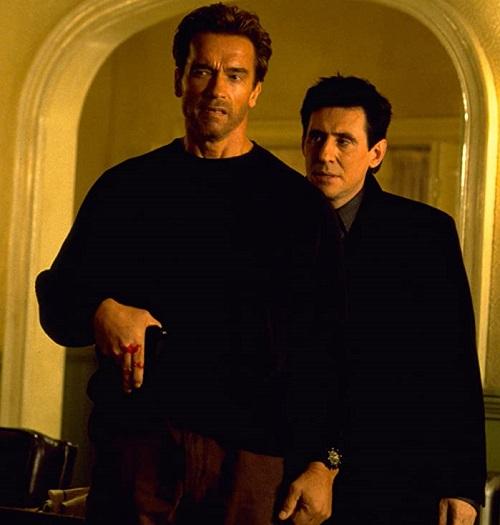 """B000IDHIAE EndofDays UXNB1. V143196766 SX1080 20 Best Arnold Schwarzenegger One-Liners That Aren't """"I'll Be Back"""""""
