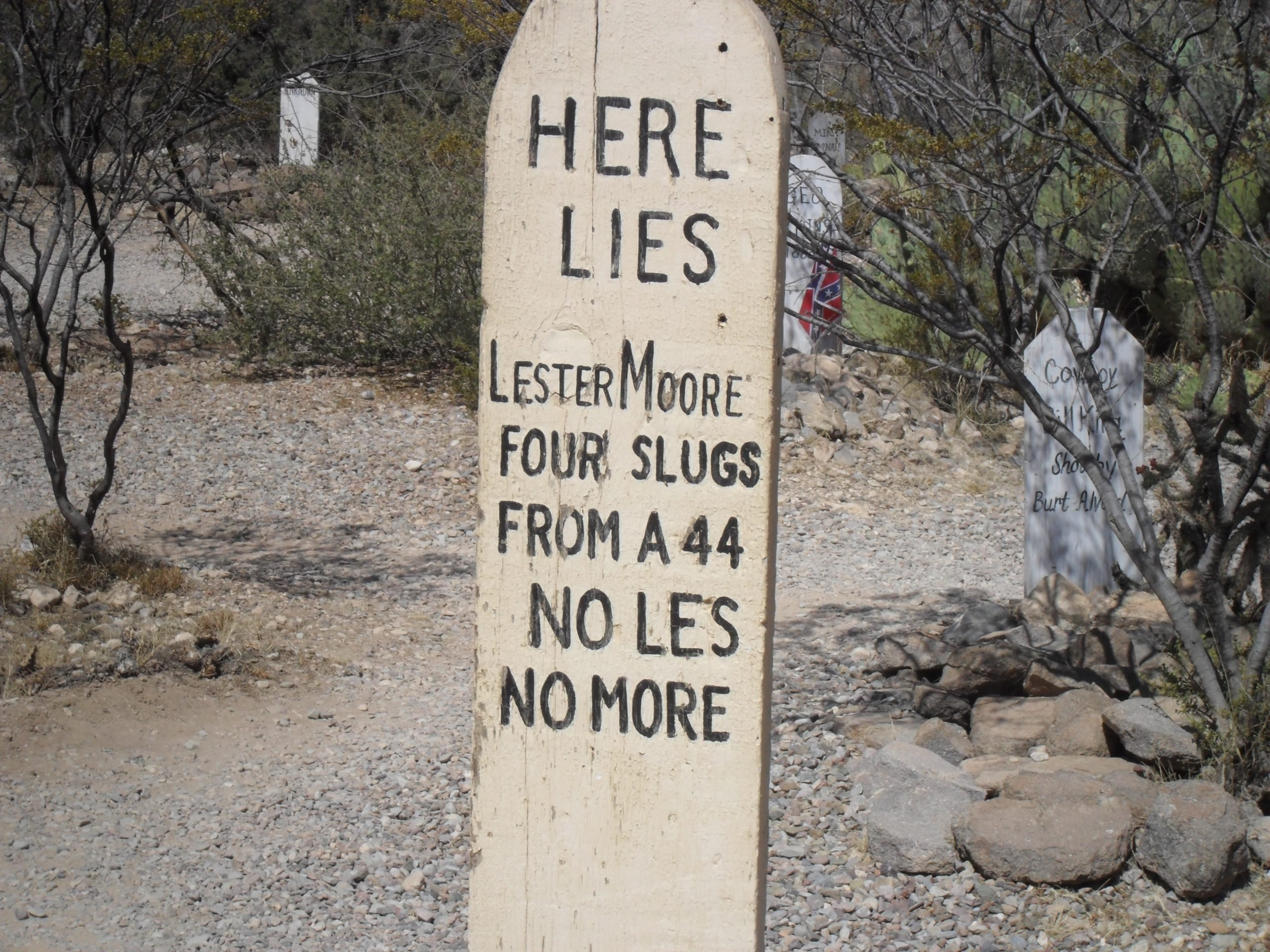 Grave of Lester Moore 1 scaled 20 Rootin' Tootin' Facts About Kurt Russell's Tombstone
