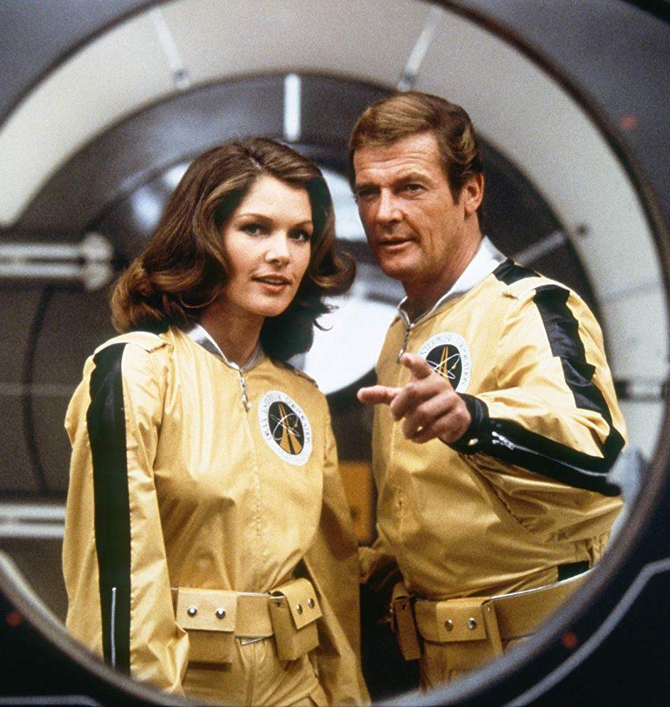 MV5BNzk2NDYzNjE3Ml5BMl5BanBnXkFtZTgwNjgxMzMyMzI@. V1 SY1000 CR0012321000 AL e1582712481386 11 Of The Best James Bond Movies (And 10 Of The Worst)