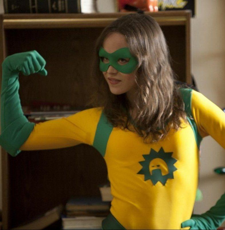 MV5BODNmODZmMTMtYTA0NS00ZDE1LThiZTQtMTQ4OWZhMTJlNTRjXkEyXkFqcGdeQXVyNTIzOTk5ODM@. V1 e1581931244378 20 Superhero Movies That Were Made For Adults Only