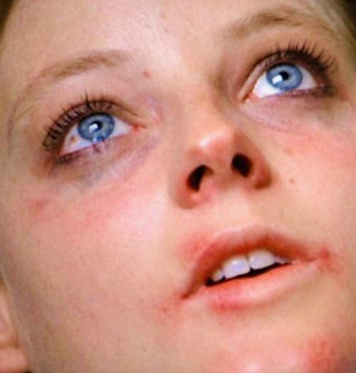 MV5BYjhiNTYzZDktNmE0YS00MjBkLWJjZjctMWEwZTJmMDA2YzY5XkEyXkFqcGdeQXVyMjQ3NDc5MzY@. V1 20 Fascinating Facts About Jodie Foster's Oscar-Winning The Accused