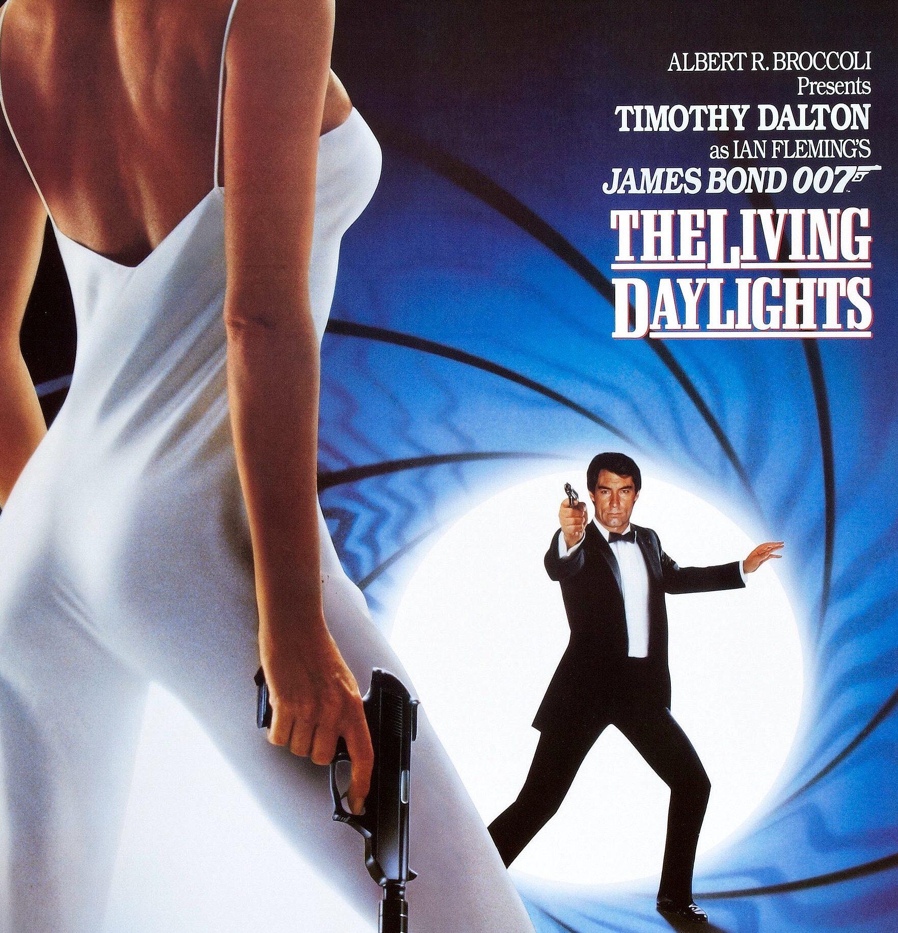 MV5BZjI4MjBmYzItYTY5OC00OWYzLWE0NWYtZDQxNDQxM2QzYjA4XkEyXkFqcGdeQXVyNjc1NTYyMjg@. V1 e1582715274446 11 Of The Best James Bond Movies (And 10 Of The Worst)