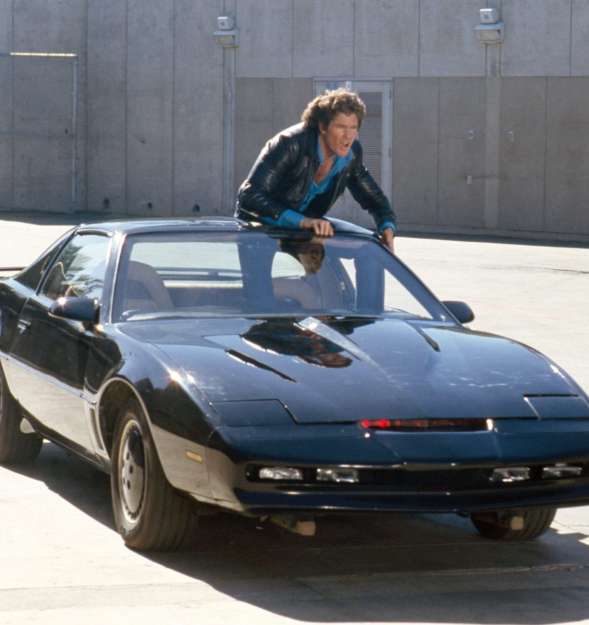 NINTCHDBPICT000137308685 e1582041673765 10 Vehicles From 80s Movies And TV Shows You Wish You Owned