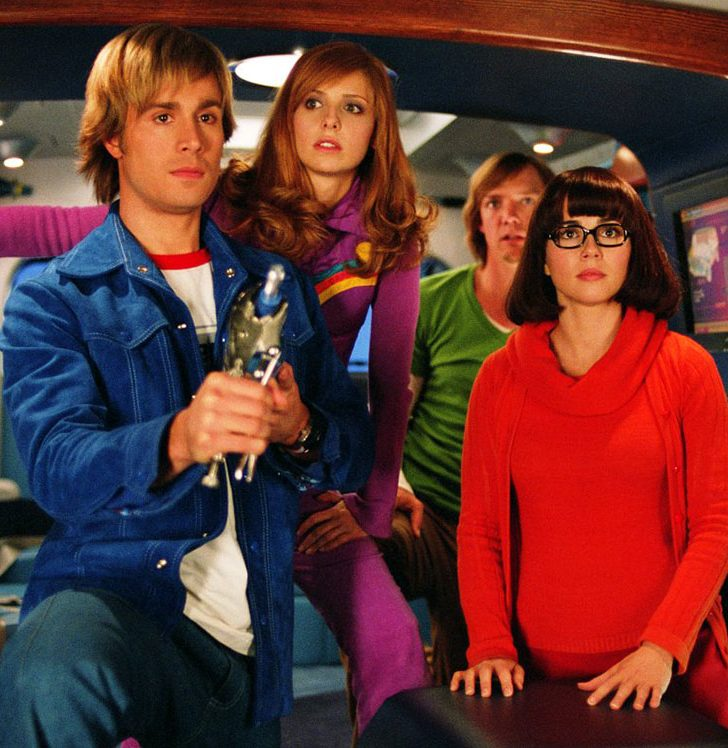 Scooby Doo 2 Monsters Unleashed 2004 1 e1582292789240 20 TV-To-Movie Adaptations That Were Nothing Like The Series They Were Based On