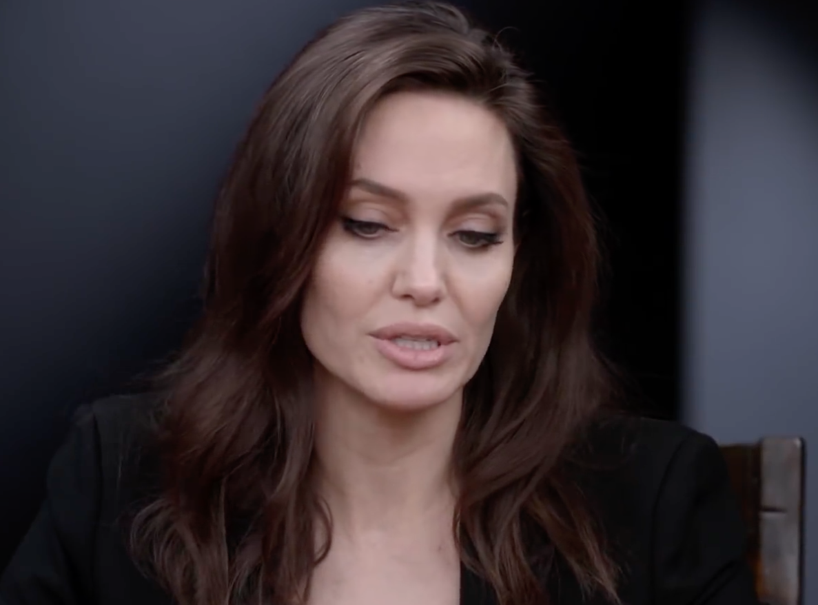 Screenshot 2021 03 25 at 15.30.56 e1616686355265 20 Fascinating Facts About Angelina Jolie