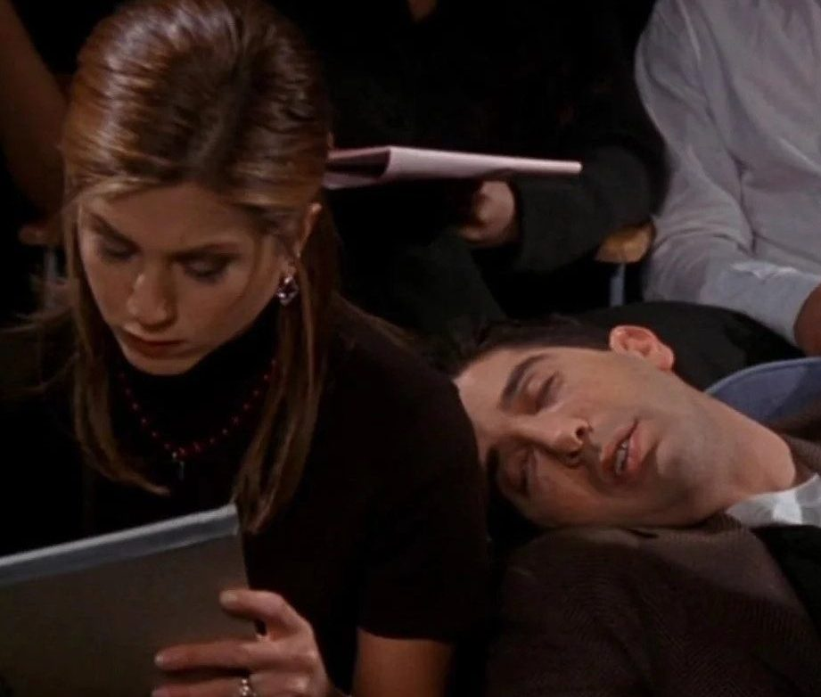 friends 62 e1621933925813 20 Reasons Why Ross In Friends Is Actually A Terrible Human Being