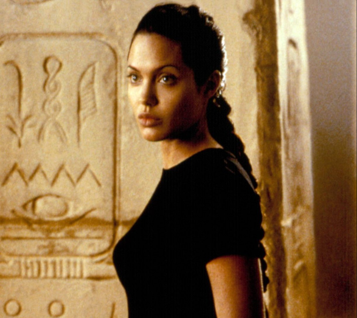 image 18 e1616682960546 20 Fascinating Facts About Angelina Jolie